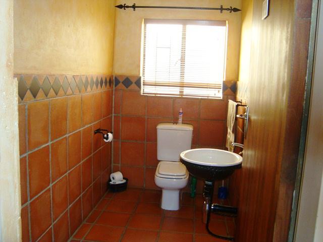 Property For Sale in Waterkloof Glen, Pretoria East 20