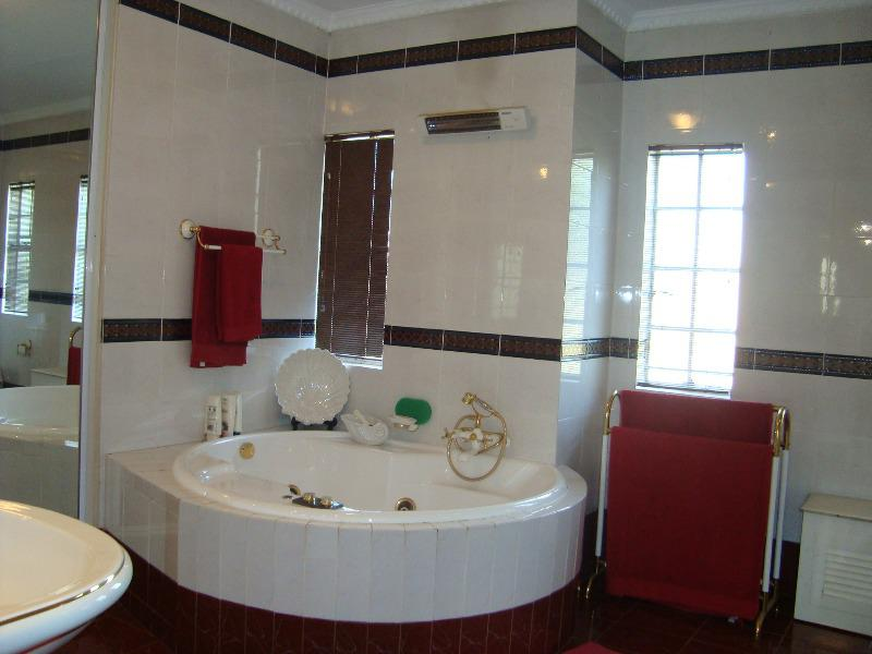 Property For Sale in Waterkloof Glen, Pretoria 8
