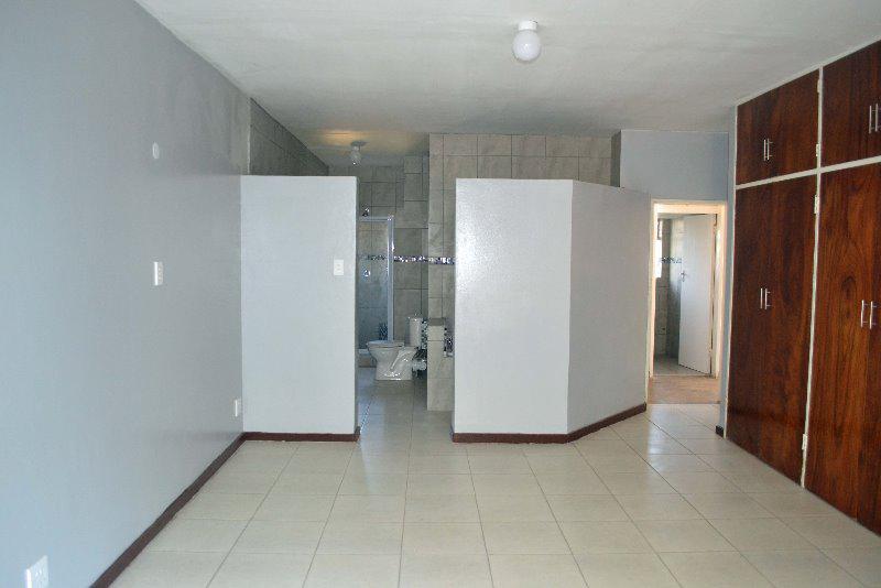 Property For Sale in Meyerspark, Pretoria 14