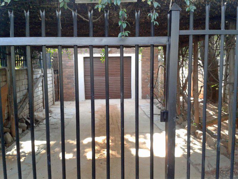 Property For Sale in Meyerspark, Pretoria 19