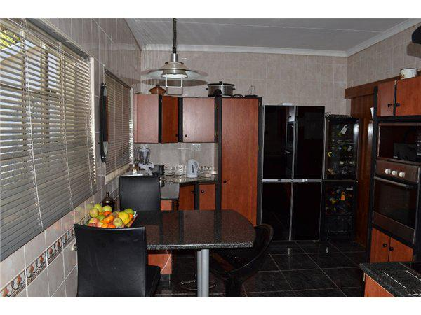 Property For Sale in Waterkloof Glen, Pretoria 7