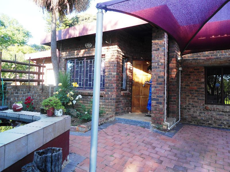Property For Sale in Constantia Park, Pretoria 17