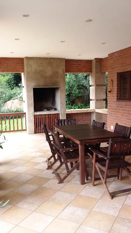 Property For Sale in Faerie Glen, Pretoria 10