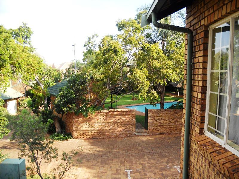 Property For Sale in Faerie Glen, Pretoria 9