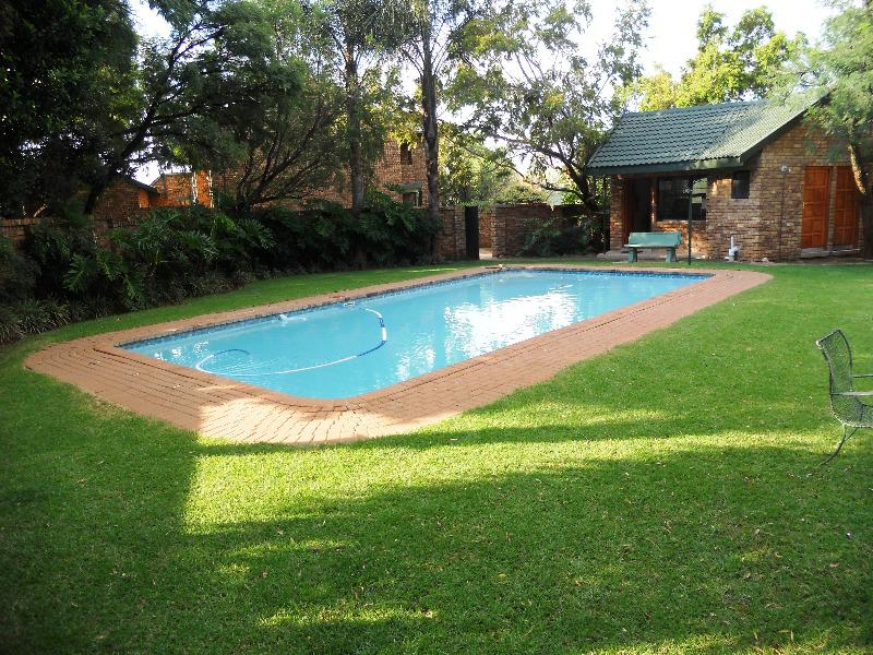 Property For Sale in Faerie Glen, Pretoria 14
