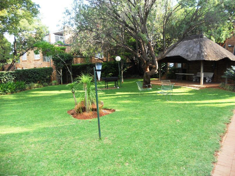 Property For Sale in Faerie Glen, Pretoria 16