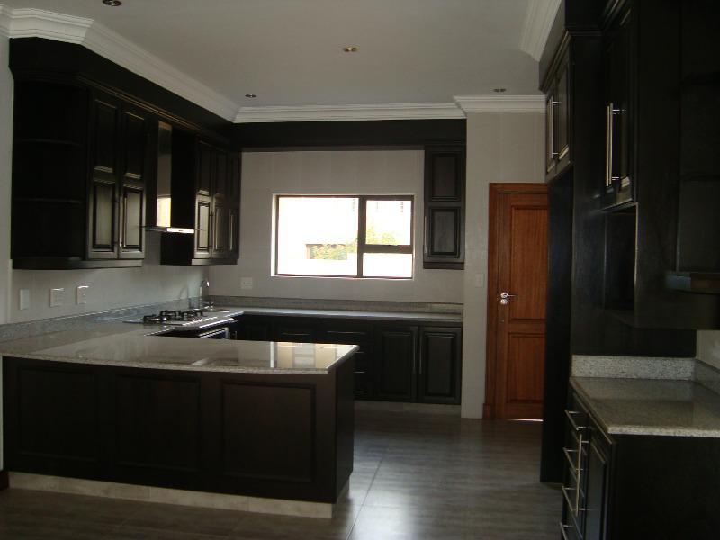 Property For Sale in Silver Lakes, Pretoria 7