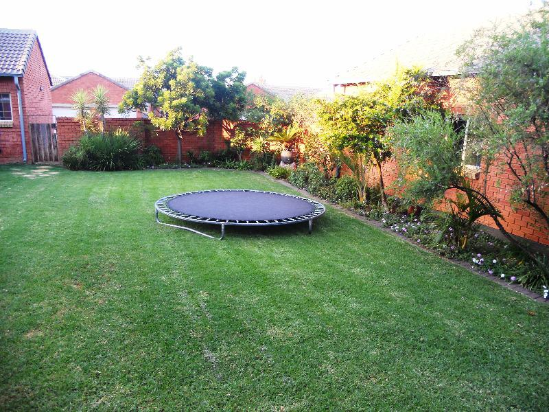 Property For Sale in Equestria, Pretoria 9