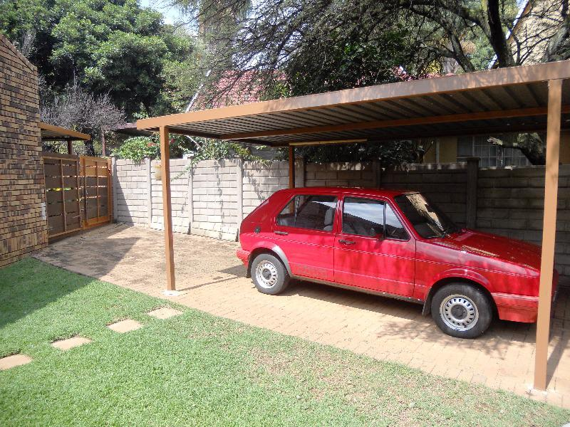 Property For Sale in Garsfontein Ext 10, Pretoria 17
