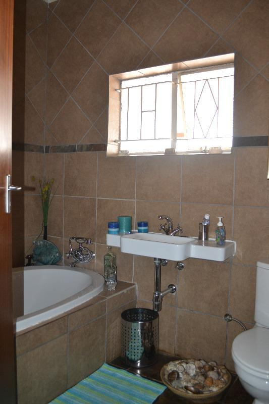 Property For Sale in Meyerspark, Pretoria 8