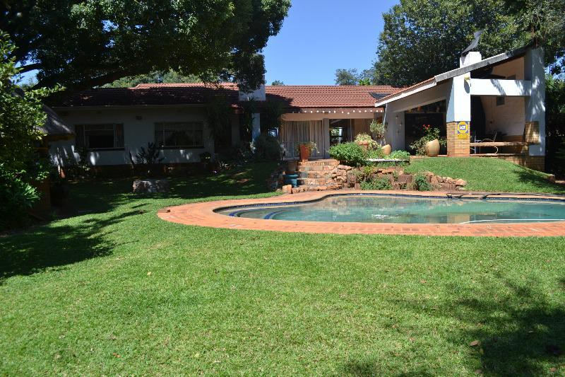 Property For Sale in Meyerspark, Pretoria 12