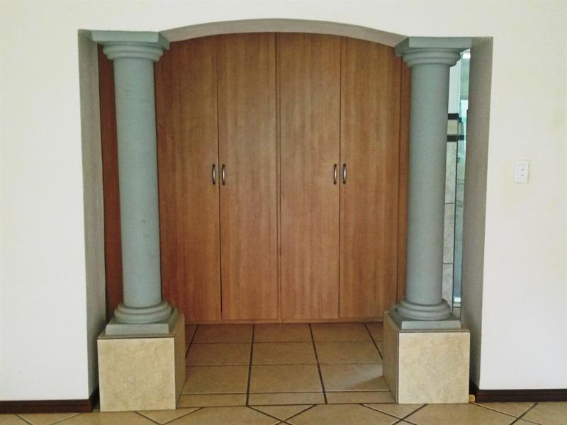 Property For Sale in Faerie Glen, Pretoria 16