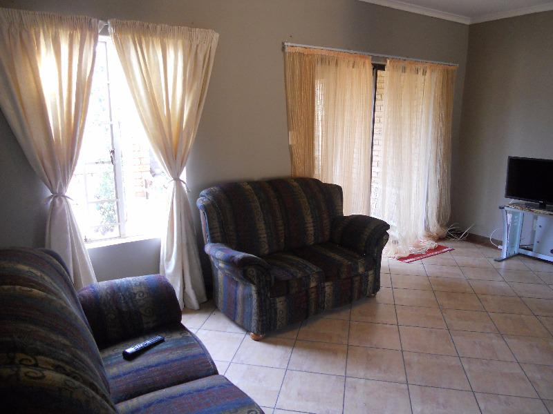 Property For Sale in Olympus, Pretoria 10