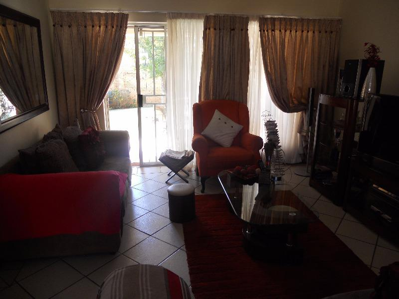Property For Sale in Equestria, Pretoria 17