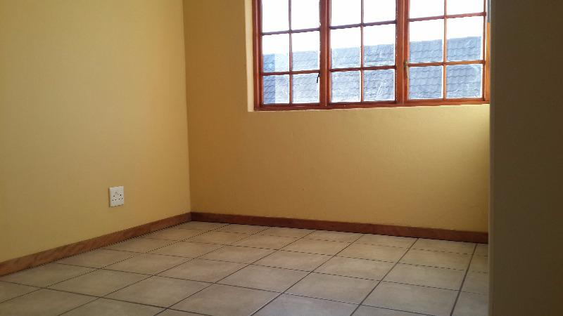 Property For Sale in Olympus, Pretoria 13
