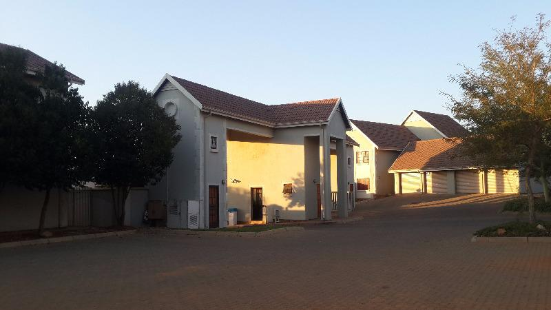 Property For Sale in Olympus, Pretoria 37