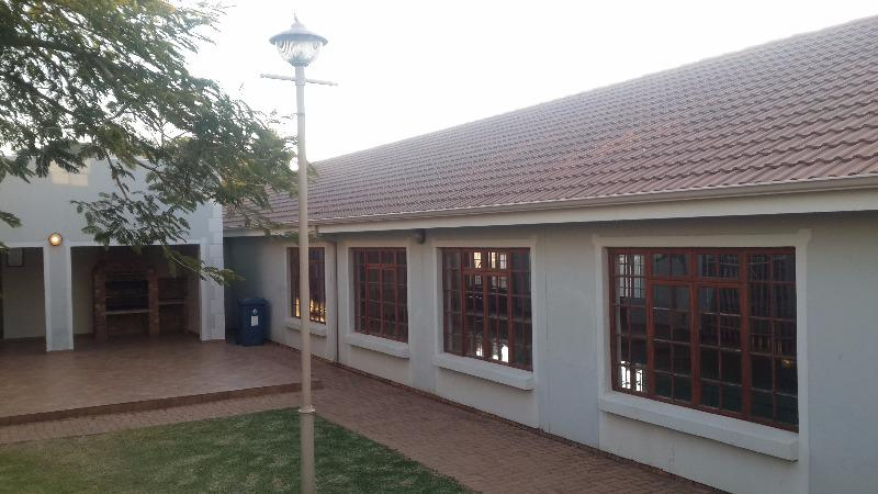Property For Sale in Olympus, Pretoria 38