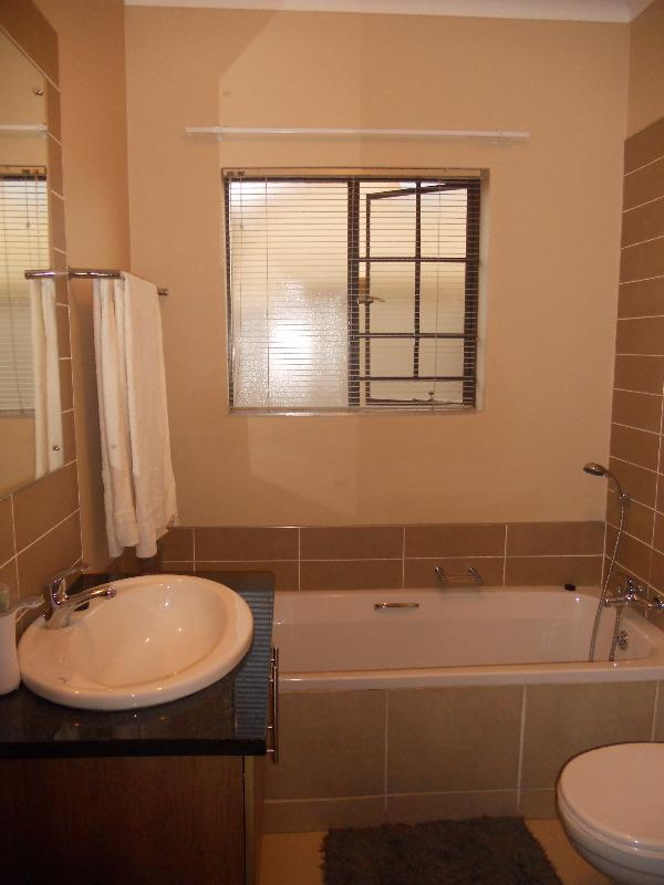 Property For Sale in Mooikloof, Pretoria 21