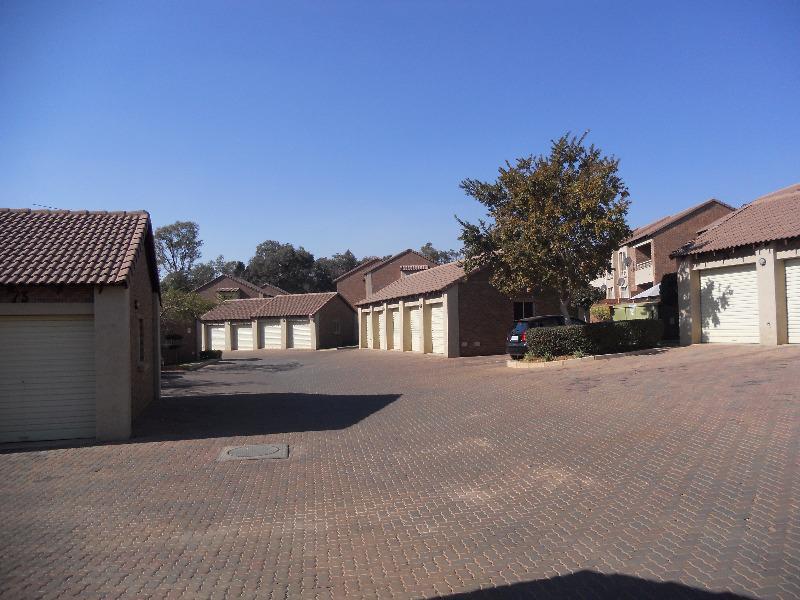 Property For Sale in Mooikloof, Pretoria 5