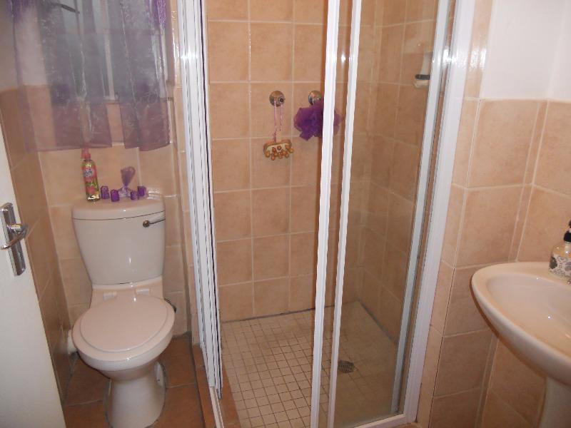 Property For Sale in Rietvalleirand, Pretoria 9