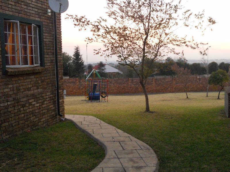 Property For Sale in Rietvalleirand, Pretoria 15