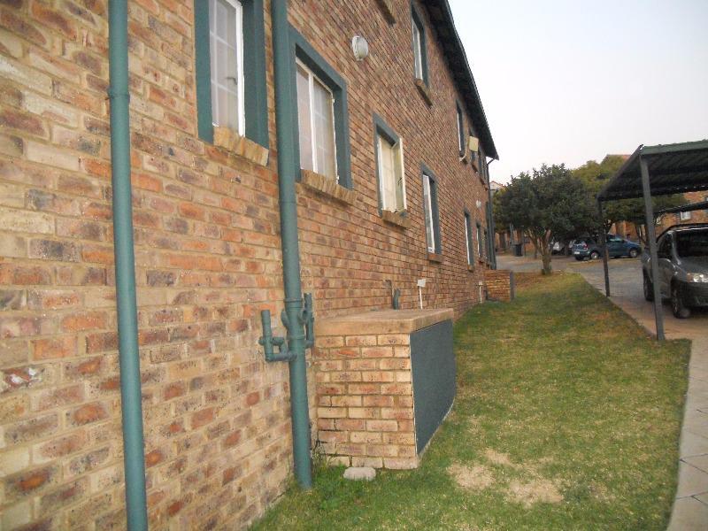 Property For Sale in Rietvalleirand, Pretoria 2