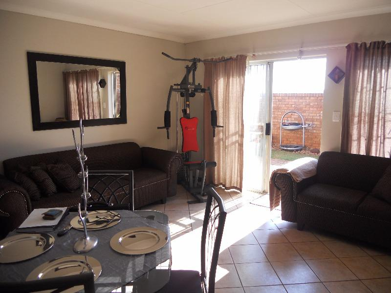 Property For Sale in Elarduspark, Pretoria 12