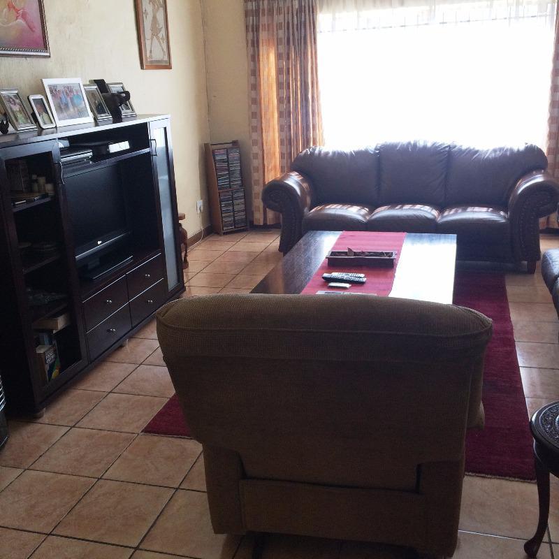Property For Sale in Garsfontein, Pretoria 6