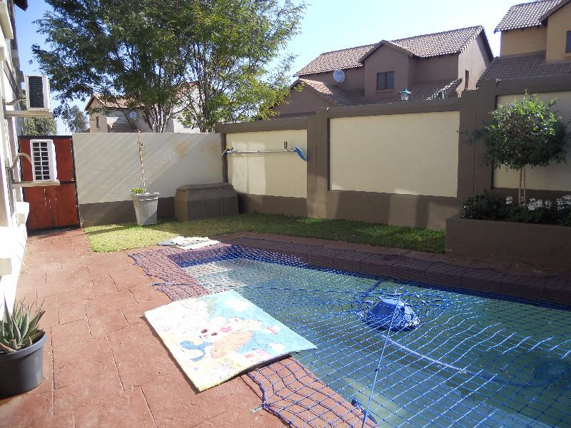 Property For Sale in Olympus, Pretoria 17