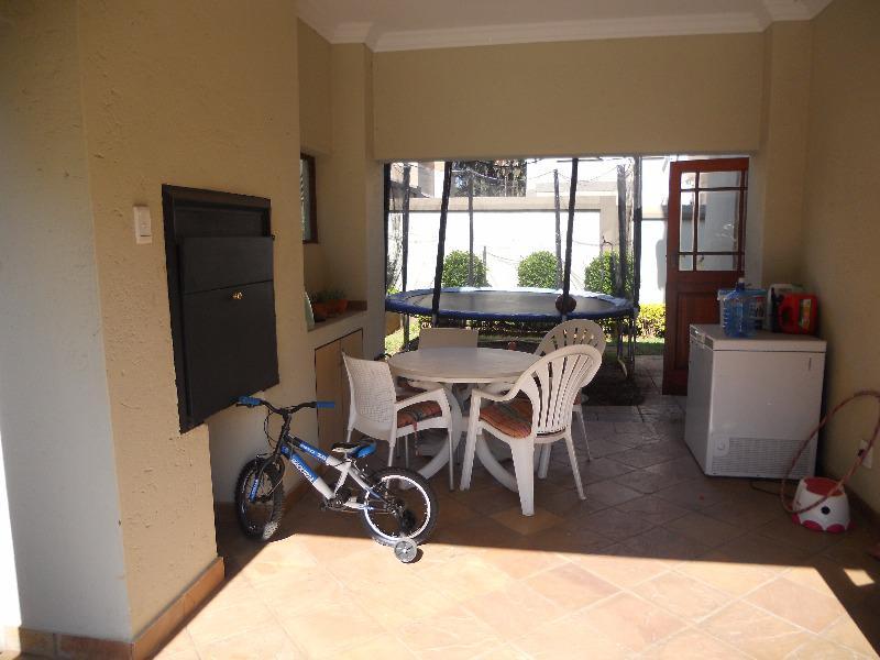 Property For Sale in Olympus, Pretoria 20