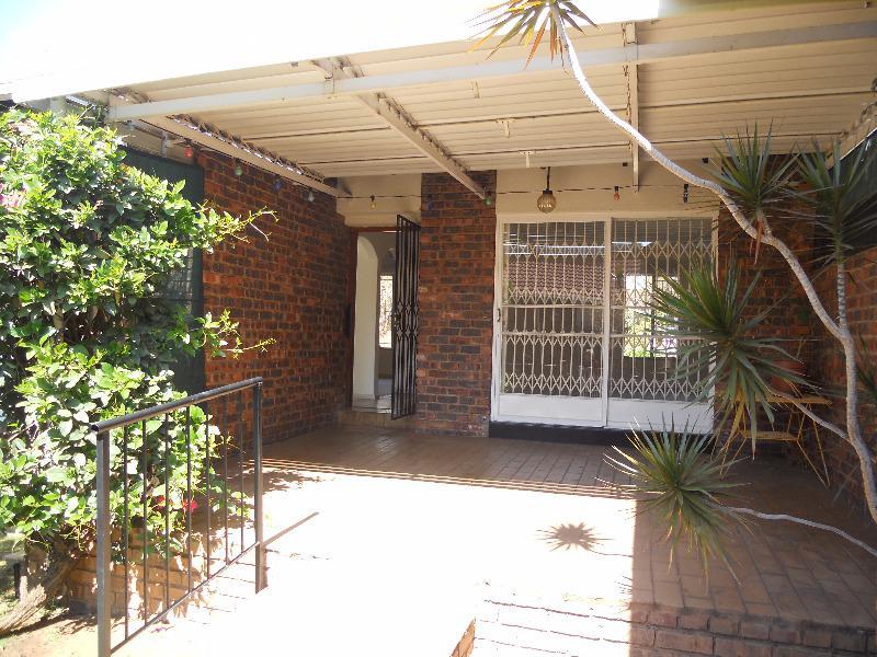 Property For Sale in Faerie Glen, Pretoria 5