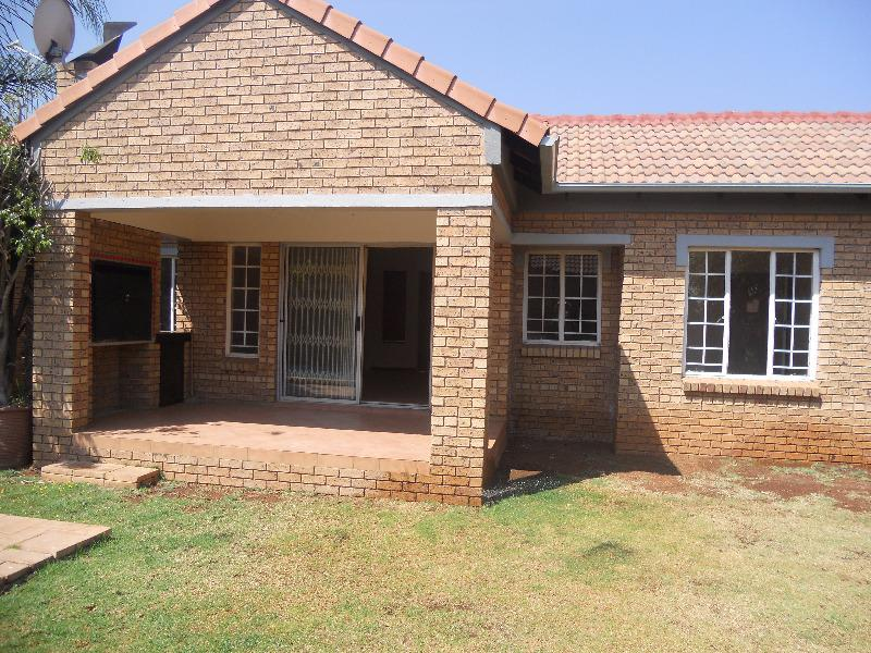 Property For Sale in Equestria, Pretoria 8