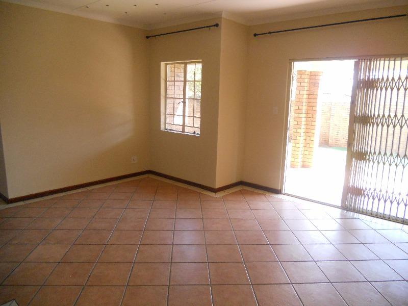 Property For Sale in Equestria, Pretoria 15