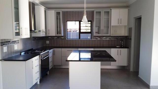 Property For Sale in Silver Lakes, Pretoria 14