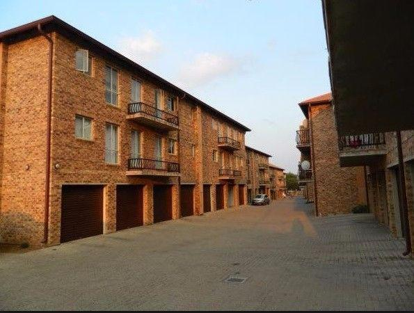 Property For Sale in Silver Lakes, Pretoria 1