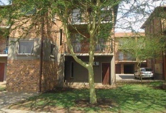 Property For Sale in Silver Lakes, Pretoria 2