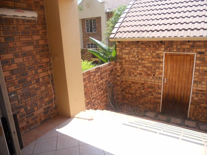 Property For Sale in Olympus, Pretoria 12
