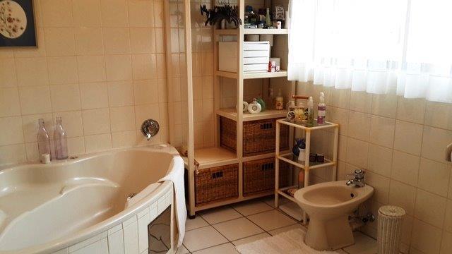 Property For Sale in Moreletapark, Pretoria 22
