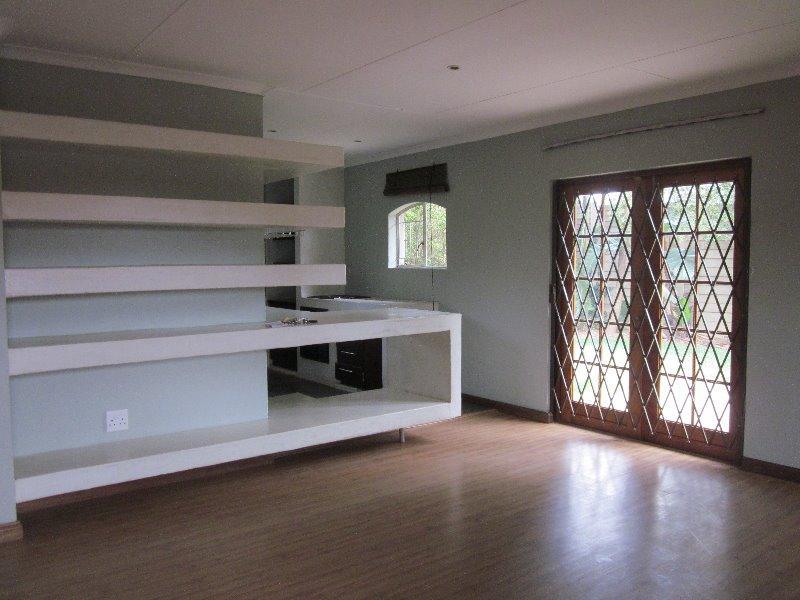 Property For Sale in Erasmuskloof, Pretoria 9
