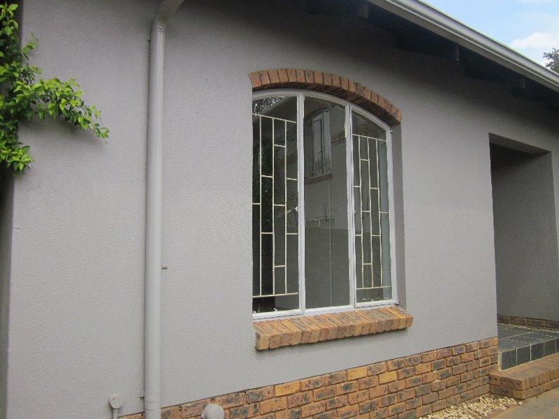 Property For Sale in Erasmuskloof, Pretoria 12