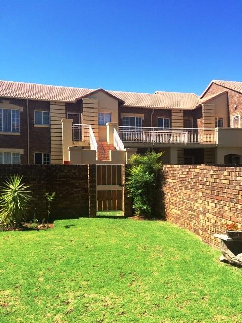 Property For Sale in Equestria, Pretoria 17