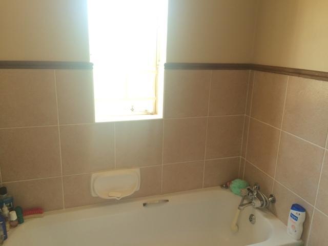 Property For Sale in Mooikloof, Pretoria 8
