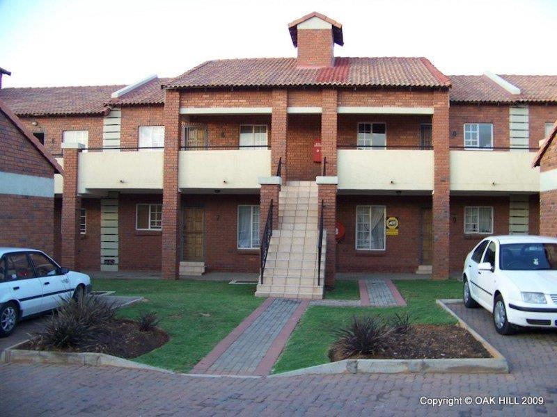 Property For Sale in Mooikloof, Pretoria 11