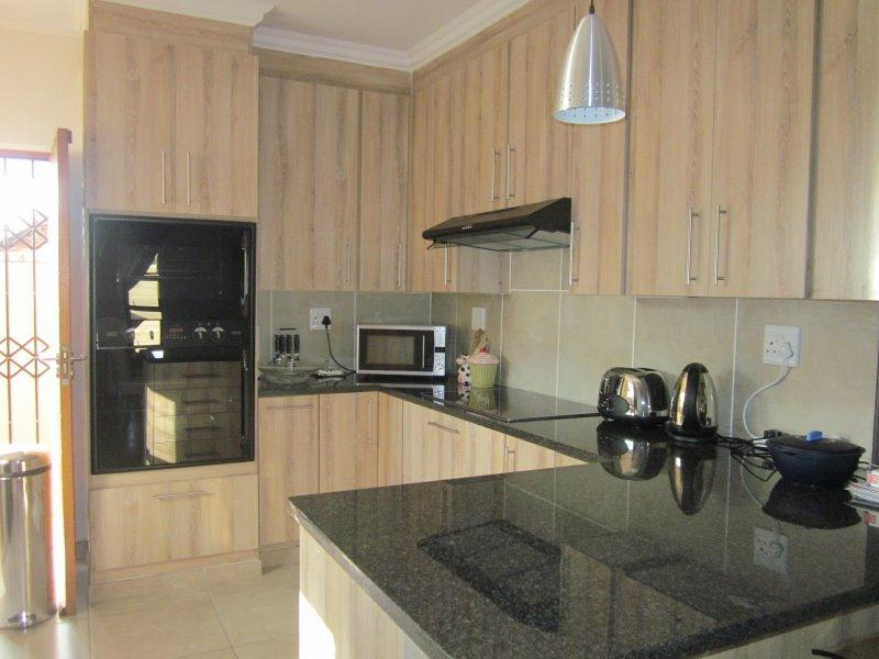 Property For Sale in Equestria, Pretoria 8