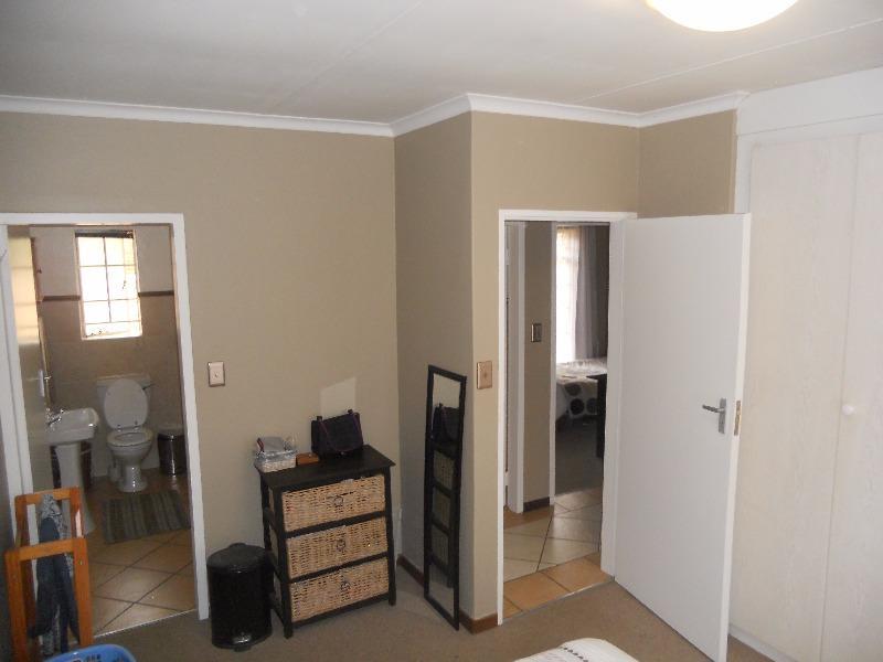 Property For Sale in Moreletapark, Pretoria 14