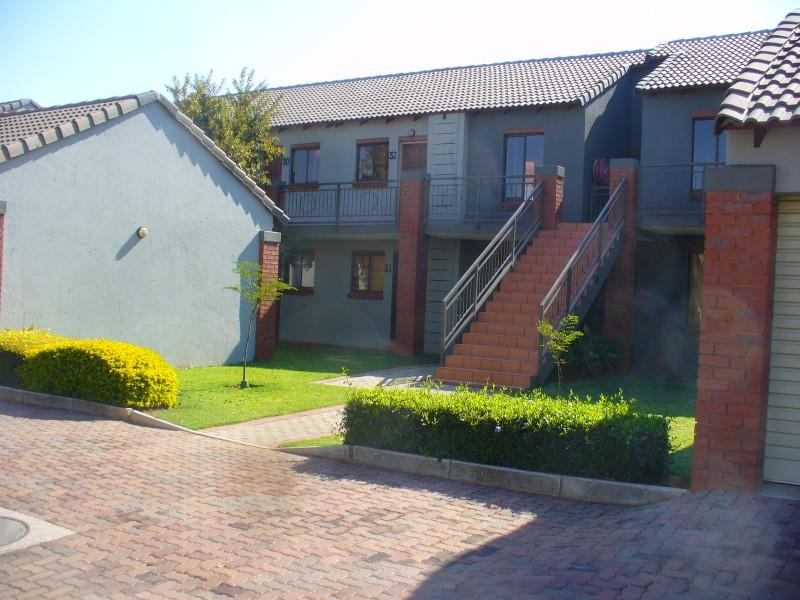 Property For Sale in Mooikloof, Pretoria 3