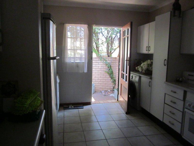 Property For Sale in Faerie Glen, Pretoria 8