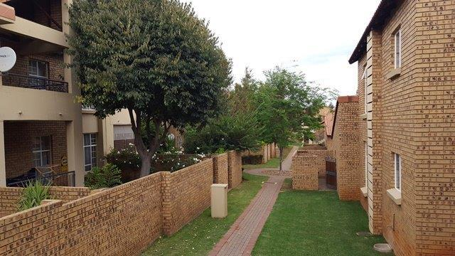 Property For Sale in Olympus, Pretoria 16