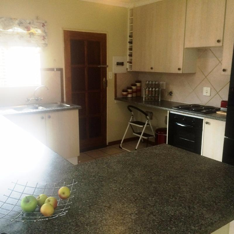 Property For Sale in Equestria, Pretoria 15