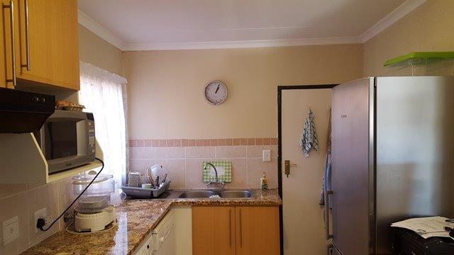 Property For Sale in Mooikloof, Pretoria 33